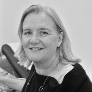 Miss Claire Mellon